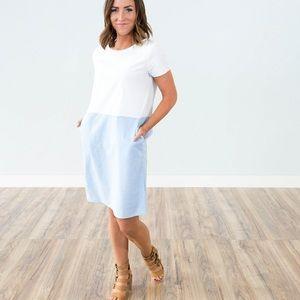 Dresses & Skirts - ☀️🌵💕Blue white contest scoop neck pocket dress